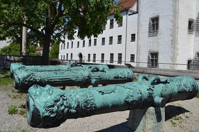 SchlossKanonen