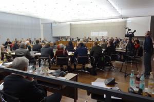 """Großer Sitzungssaal soll in """"Hysterischer Sitzungssaal"""" umbenannt werden"""
