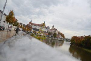 Die Donau hat die Schnauze voll und biegt künftig vor Neuburg ab.
